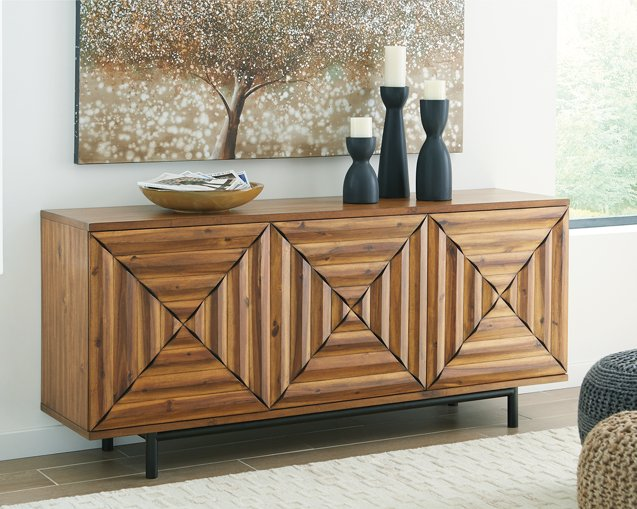 Fair Ridge Signature Design by Ashley Cabinet