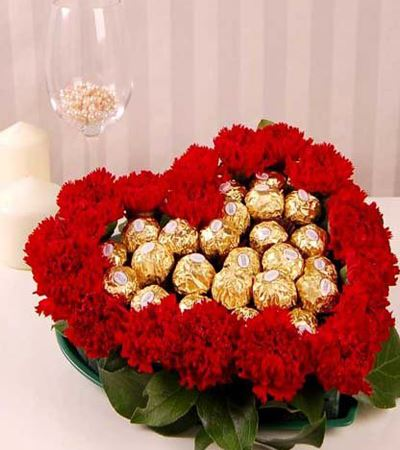 Heart Shape Ferrero Roucher Bouquet flowers Mayaflowers