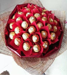 Love Ferrero Roucher Bouquet flowers Mayaflowers