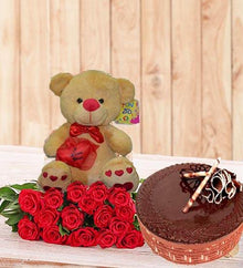 Perfect Birthday Gift Set (With Chocolate Cake) flowers Mayaflowers