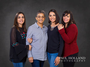 Studio Photo Shoot - Group/Family