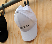 Load image into Gallery viewer, Dubøka White Baseball Cap