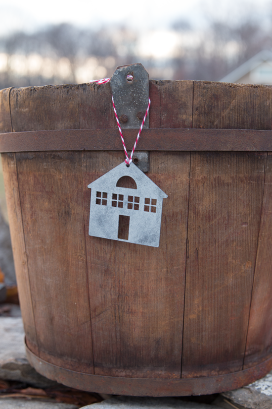 Cottage-Galvanized-Ornament-Made-in-the-USA