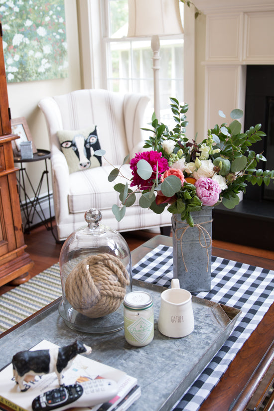 Decorating-with-farm-style-flowers