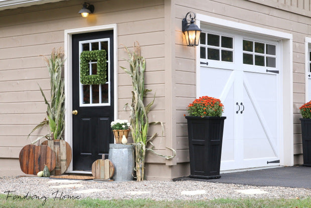 Decorating-your-home-for-fall-outdoors