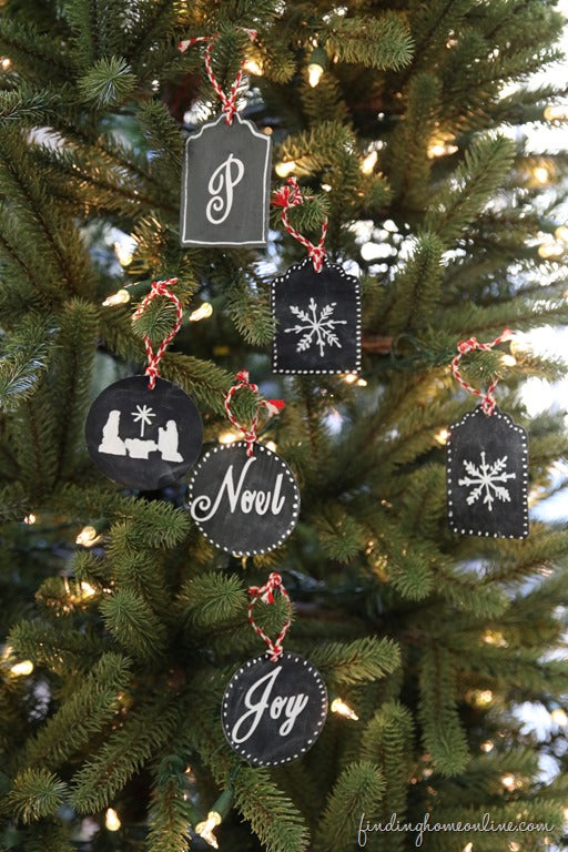 Easy-No-Painting-Chalkboard-Ornaments