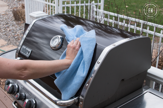 How-to-Easily-Clean-Grill