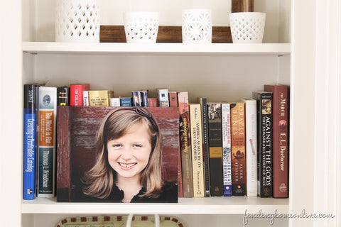 Decorating Bookshelves with Pictures