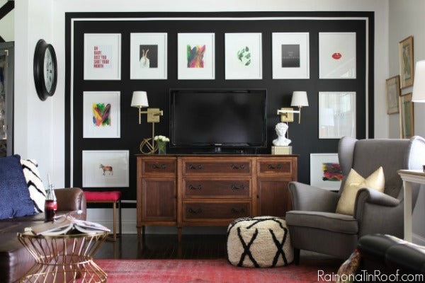 black-white-gallery-wall