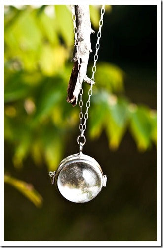 shabby apple though the look glass necklace