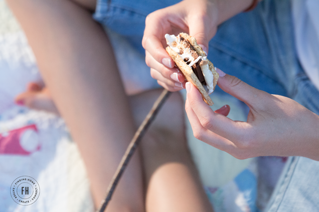 smores-outdoor-party-resized