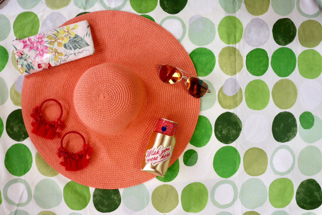 Hello, Summer! We're so happy to see you! We've picked out the perfect Summer accessories for you at Coco and Duckie!