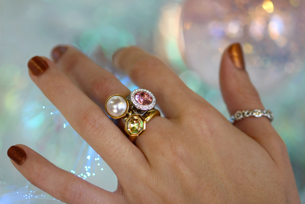 Qudo rings are the perfect way to add some sparkle to your ensemble! - Coco and Duckie