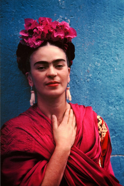 You know we love a good pair of statement earrings at Coco and Duckie and it seems Frida Kahlo did, too! We give these earrings a round of applause!