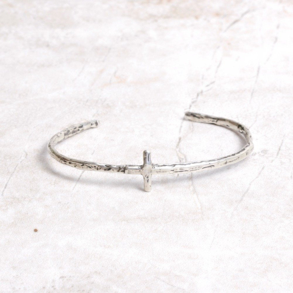 Silver Cross Bangle by Visible Faith Jewelry at Coco and Duckie #CocoandDuckie #LetInTheLovely #Silver #Bracelet #Bangle #Jewelry #VisibleFaithJewelry #Cross #HandmadeJewelry