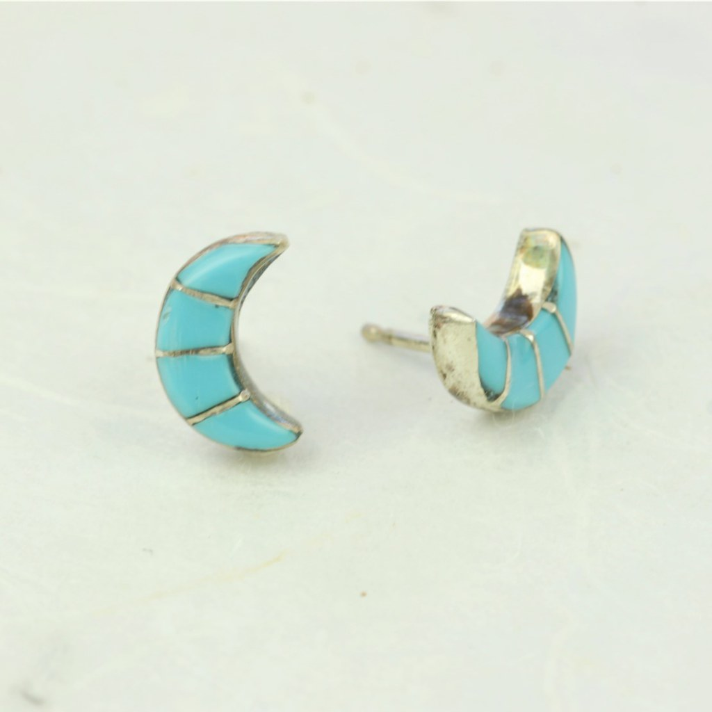 Turquoise Crescent Earrings - Zuni Artist Made - Coco and Duckie