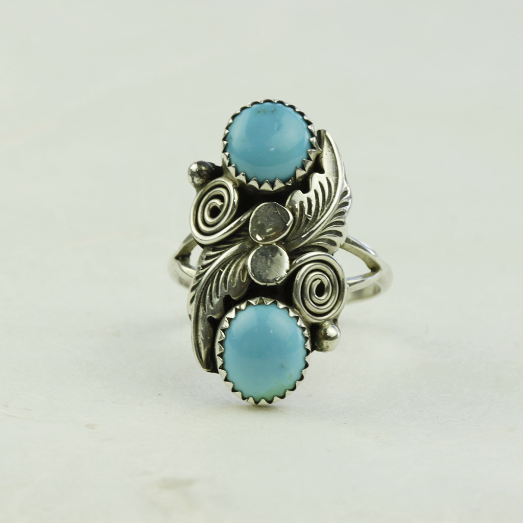 Lenora Turquoise Ring - Navajo Artist Made - Coco and Duckie