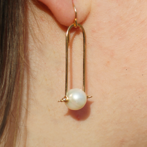 Pearl Trapeze Earrings - Coco and Duckie