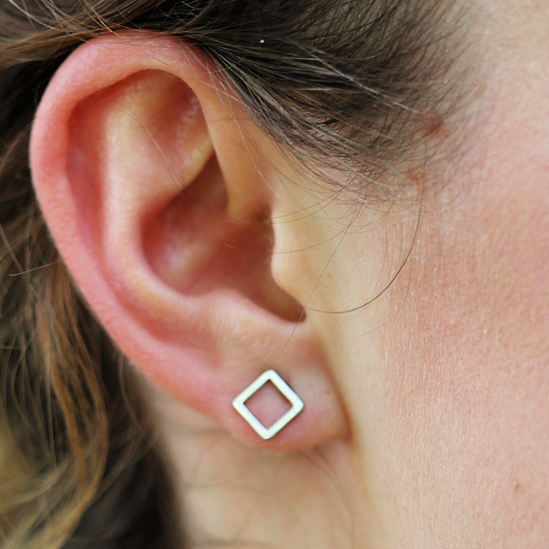 Minimalist Square Earrings - Coco and Duckie