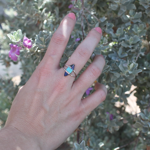 Cheyenne Turquoise Ring - Zuni Artist Made - Coco and Duckie