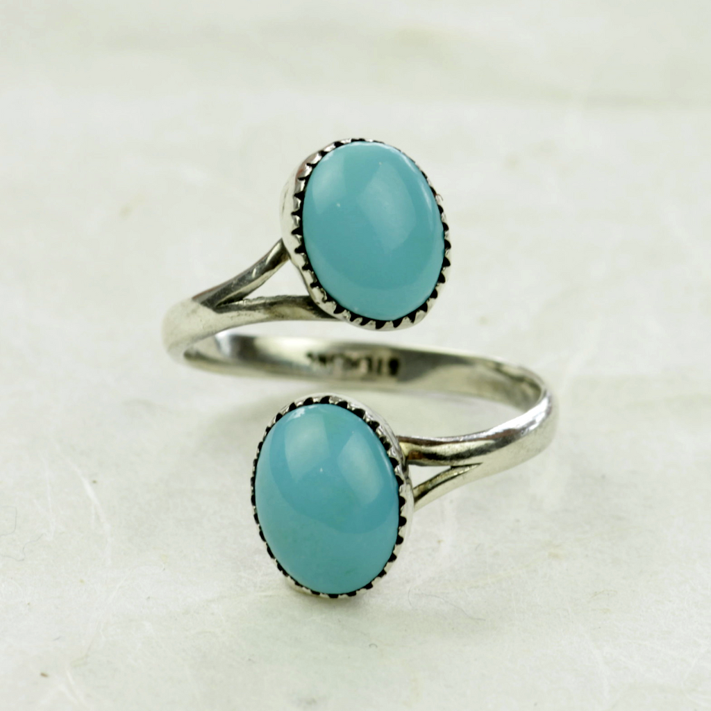 Claudia Turquoise Ring - Navajo Artist Made -Coco and Duckie