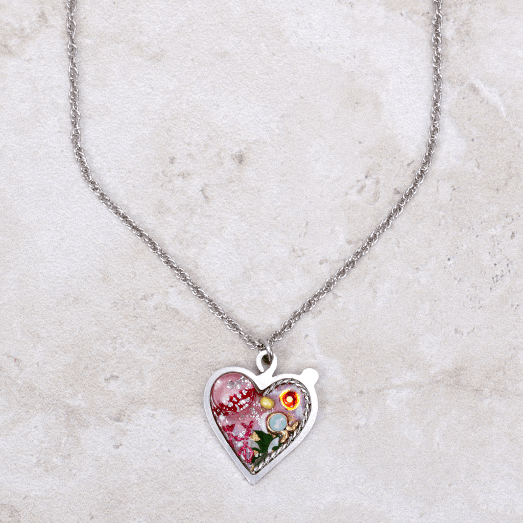Gillian Heart Necklace - Seeka - Coco and Duckie