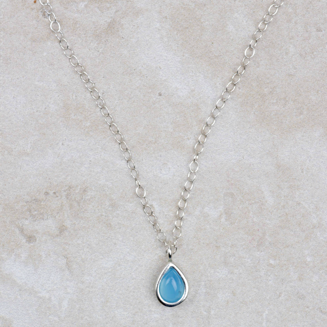Raindrop Pendant Necklace