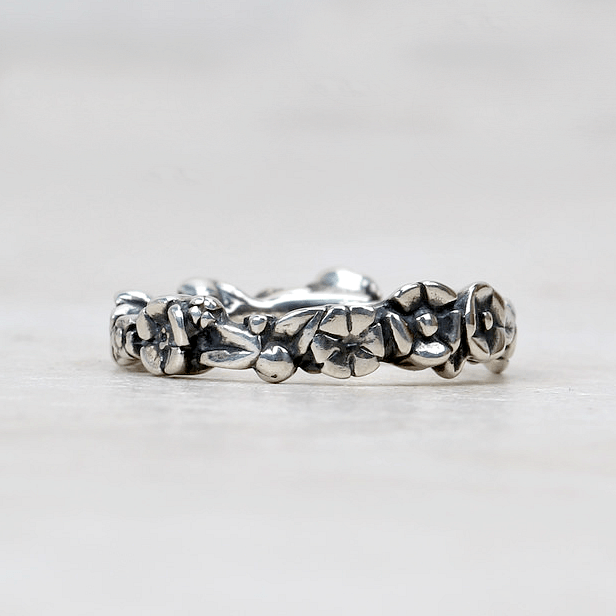Baby's Breath Ring - Trollbeads - Coco and Duckie
