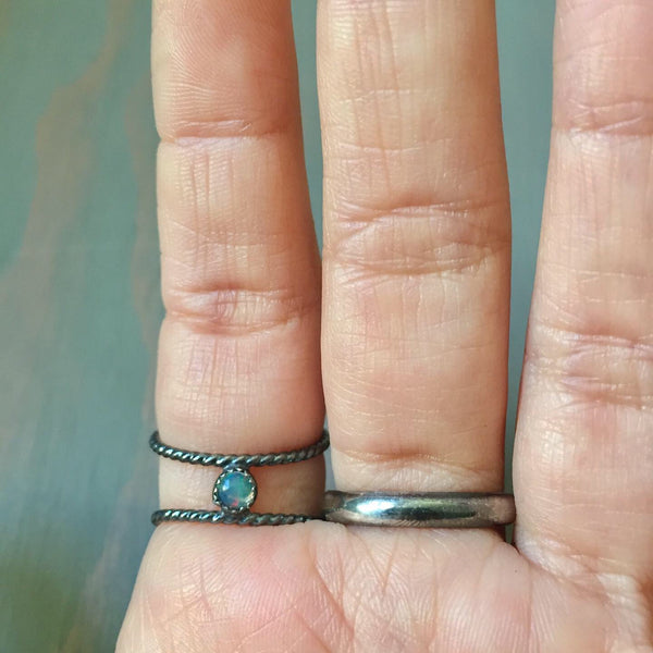 Australian Opal Hidden Gem Oxidized Ring - Sterling Silver 925 Jewelry - Size 6 6.5
