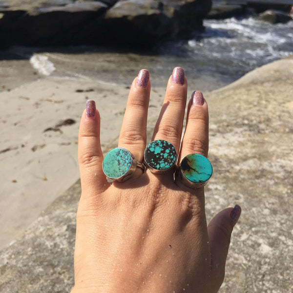 Turquoise Button Stamped Bezel Ring - Moon & Stars Black Matrix Round Stone - Size 10
