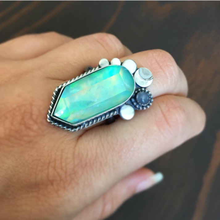Green Aura Opal Quartz Crystal Ring - Moonstone Doublet Band Moon Jewelry - Sterling Silver 925 - Size 8