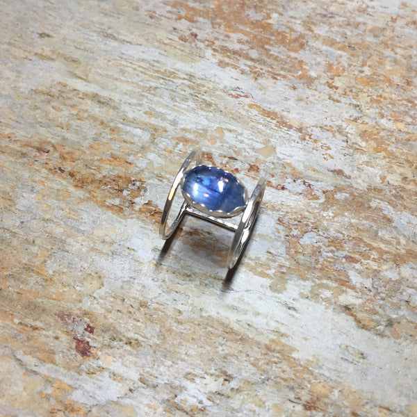 Kyanite Cage Ring Sterling Silver .925 Hammered Band Blue Gemstone - Size 10