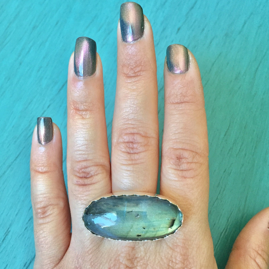 Sideways Oval Labradorite Ring - Sterling Silver .925 Green Flash Jewelry - Size 10