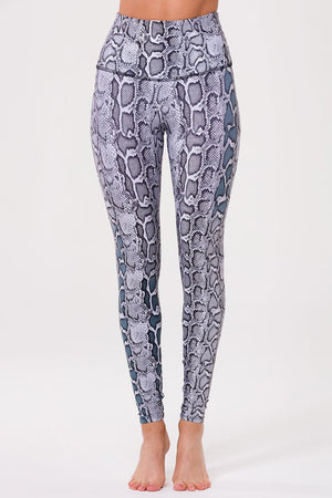 Load image into Gallery viewer, High Rise Legging - Black/White Viper - MAX & ME SPORT