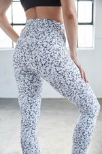 Bianco Marble Printed Tight - DYI Clearance