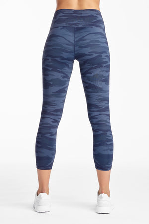 Load image into Gallery viewer, Navy Camo 7/8 Printed Crop - MAX & ME SPORT