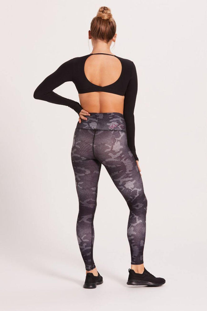 Midnight Camo Barefoot Legging - Niyama Sol Leggings