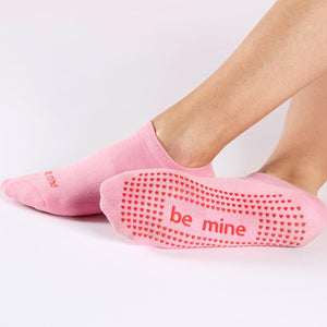 BE MINE Grip Socks - Pink Mist/Red Hearts - MAX & ME SPORT
