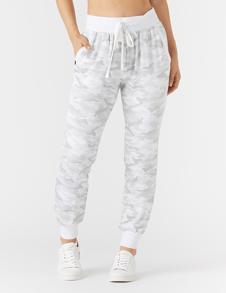 Load image into Gallery viewer, Halfway Jogger - White Camo - Glyder Sale