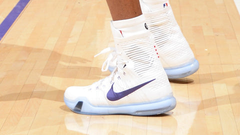 08b90c28c58 We all expected Kobe to wear his pair of Kobe X from the Nike Christmas