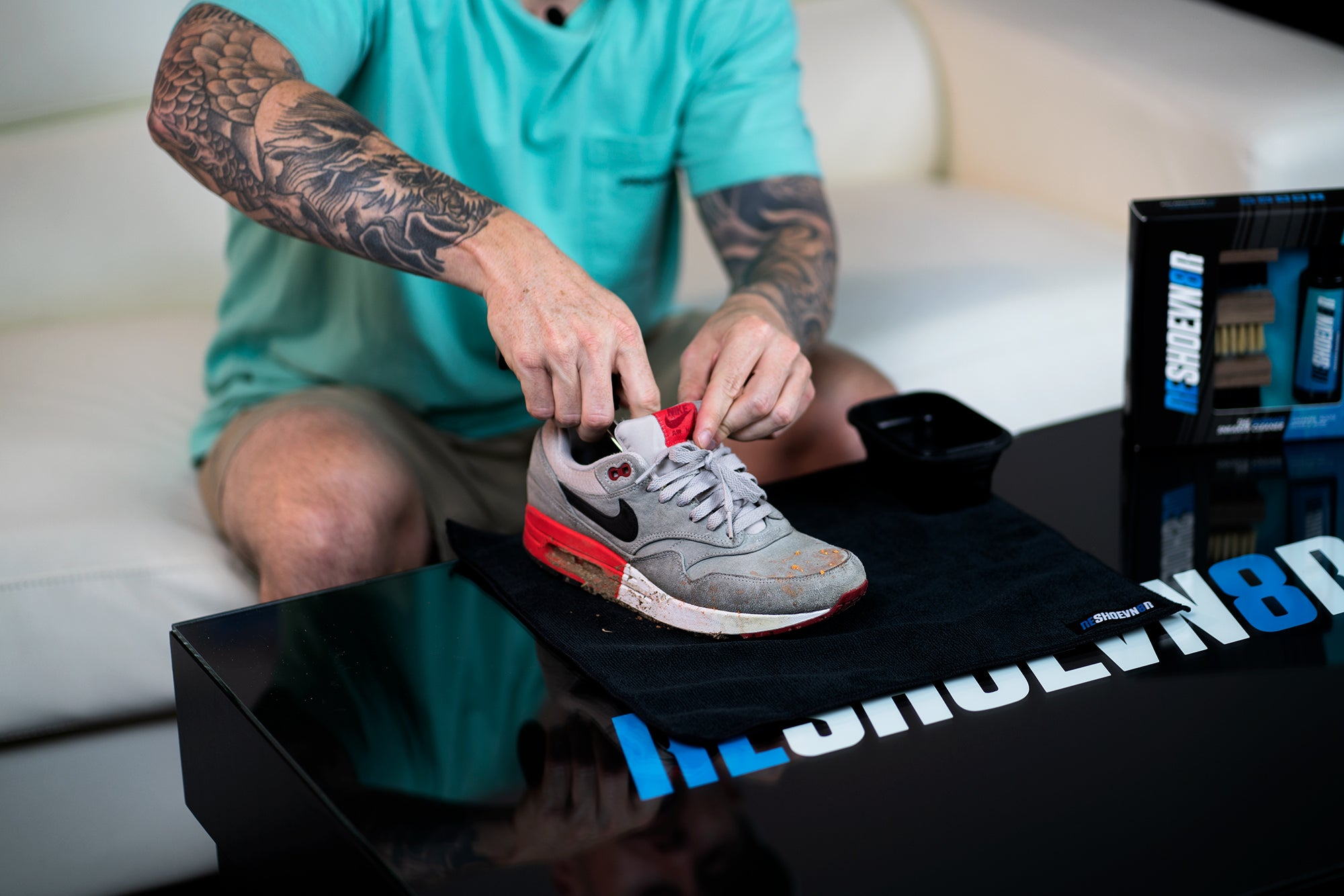 How to Clean Air Max 1