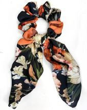 TIE SCRUNCHIE - BLK/RED FLORAL