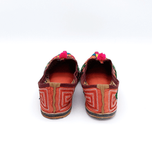 Load image into Gallery viewer, Old Fashioned Online Indian bohemian leather slippers with pink and gold fortune embroidery with pompoms and cushioned footbed back view