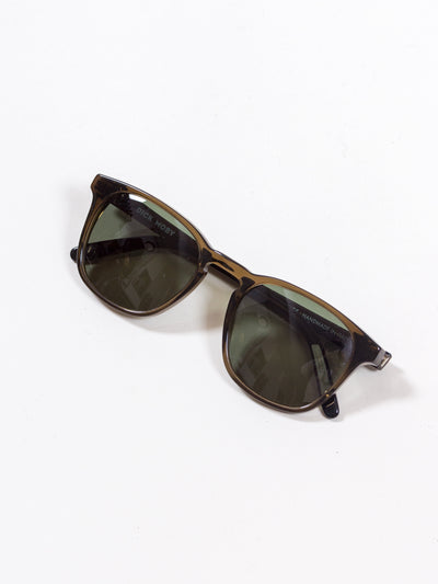 Dick Moby, Marseille, Mocca with green lenses eyewear sunglasses