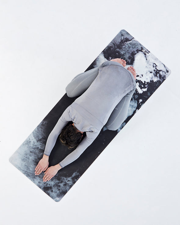 Kuroneko Yoga Mat with Micro-crystal Technology