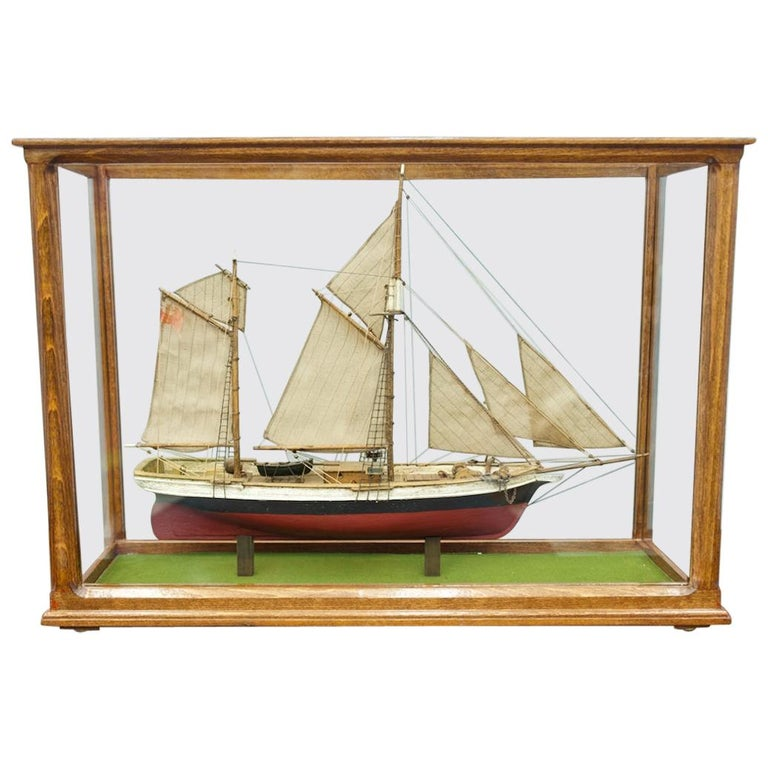 Model ship, ship, model, france, wood, case, glass, decorative art,