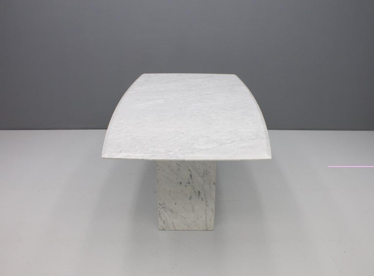 Italian Dining Table in White Carrara Marble with a Boat-Shaped Top, 1970s