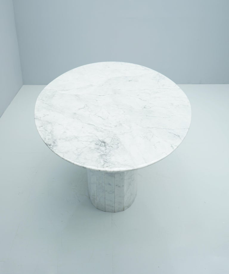 White Oval Carrara Marble Dining Table, 1970s