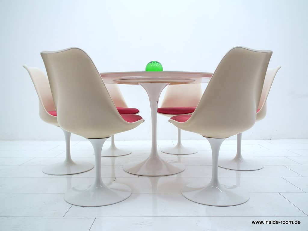 Eero Saarinen Dining Suite, Knoll Int.