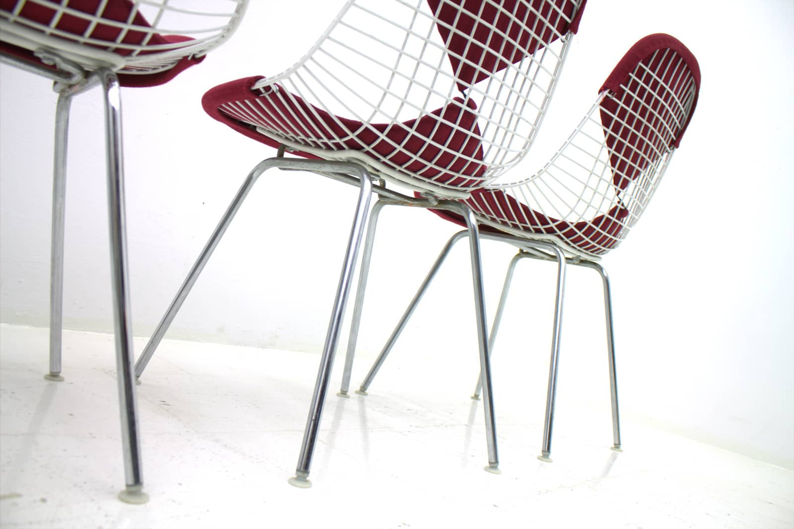 Charles & Ray Eames Wire Chair with Bikini, Herman Miller 1960`s